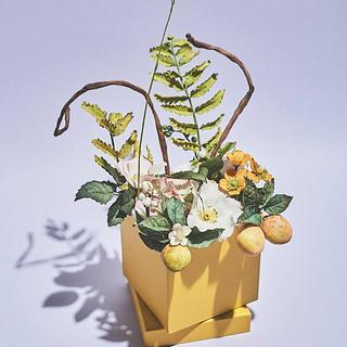 Summer sugarflower gift box - Cake by Eszter Kanyári