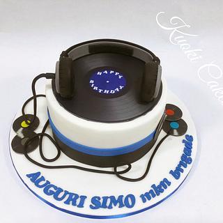 DJ Birthday cake