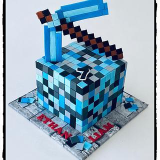 Minecraft - Cake by Rhona