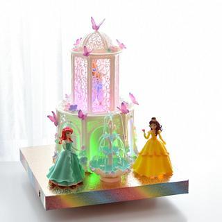 cake fountain with princesses - Cake by OxanaS