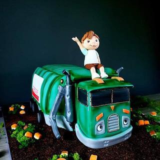 Trash Truck - Cake by Radoslava Kirilova (Radiki's Cakes)