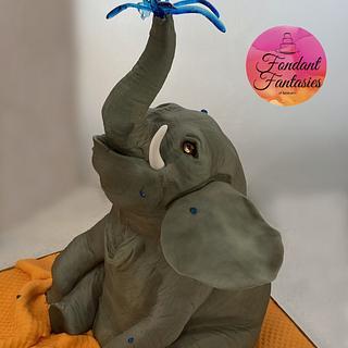Playful elephant - Cake by Fondant Fantasies of Malvern