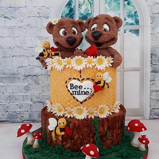 Bee Mine Cake - Cake by Creme & Fondant