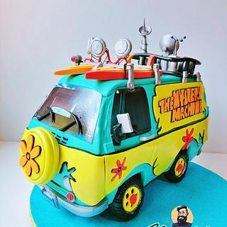 Mystery Machine 3D Cake