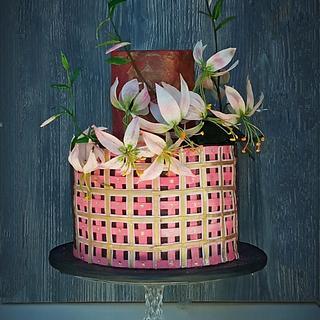 Lilies of Wafer paper - Cake by Zuzana Bezakova