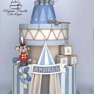 Dumbo - Cake by Mariana Frascella