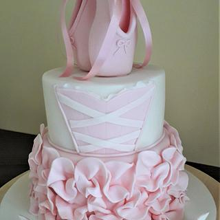Ballet shoes cake - Cake by Sue