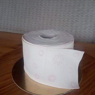 Toillet papper cake