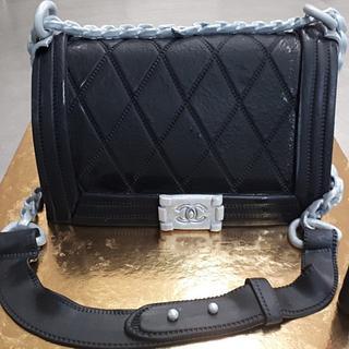 Chanel bag cake - Cake by tzortzia