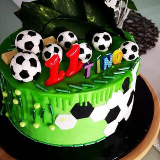 Soccer cake for my son - Cake by Tinkerbell sweets