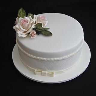 Romantic Mini Wedding Cake - Cake by Carol Pato