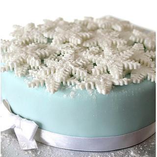 Winter Christmas Cake