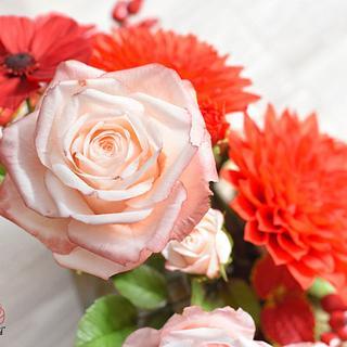 Sugar Flowers  - Cake by Cakes by Katulienka