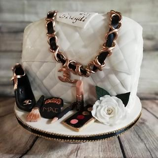 White Chanel purse cake