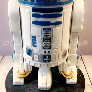R2D2 Talking Cake