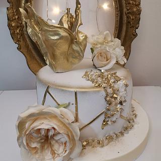 Gold White cake