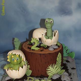 Green baby dino's cake