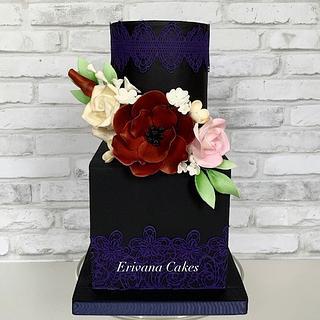 Black Cake with sugar flowers - Cake by erivana