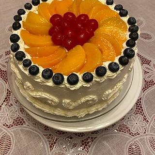 Peaches And Cream - Cake by Julia