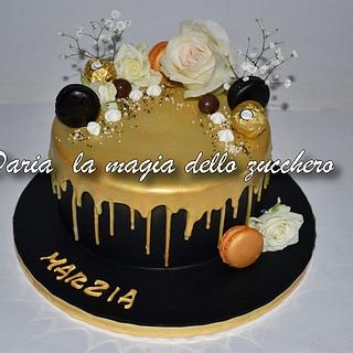 Drip cake black and gold