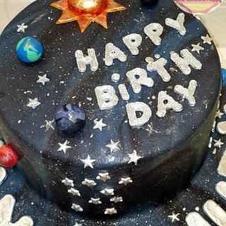 Galaxy and planets cake