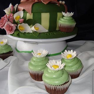 present with cupcakes
