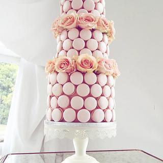 A Macaron wedding - Cake by Rebecca