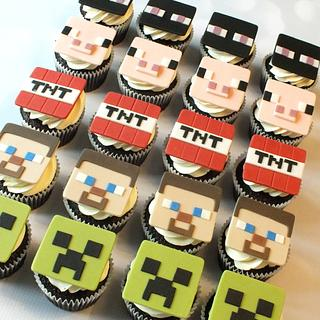 Minecraft Cupcakes - Cake by Louise Jackson Cake Design