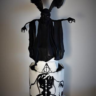 The Deadly Hallows Cake- Harry Potter´s Birthday Collab 2020