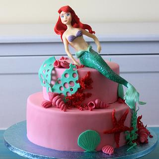 Pink and aqua Ariel mermaid cake