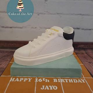 Designer trainer cake - Cake by Cake Of The Art