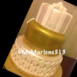 3 Tiered Gold and White