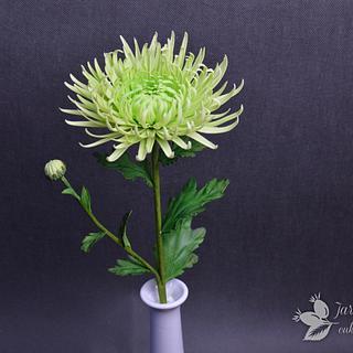 Chrysanthemum sugar paste flowers