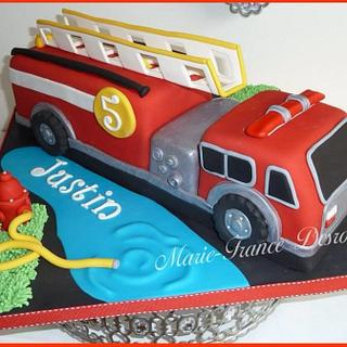 Firetruck cake - Cake by Marie-France