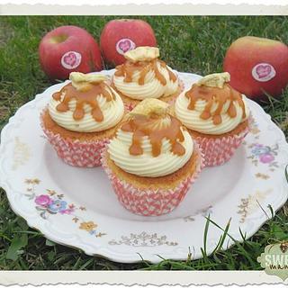Caramel and apple cupcakes