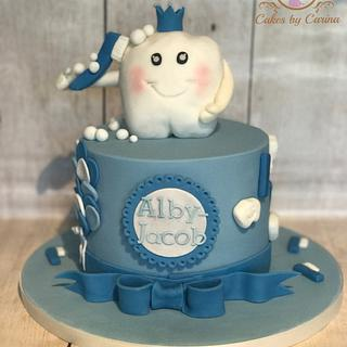 Baby's 1st Tooth Cake