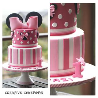 Minnie Mouse cake, cake pops, cupcakes and iced biscuits