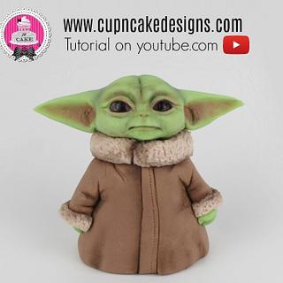 Baby Yoda fondant cake topper!