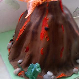 Volcano and dinosaurs cake