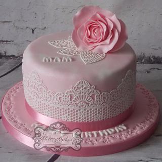 Cake lace rose - Cake by kerrycakesnewcastle