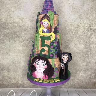 Rapunzel cake