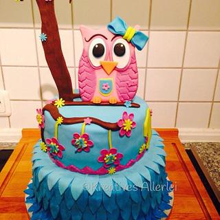 My first Cake with fondant