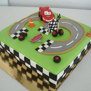 Lightning McQueen - Cake by Vera Santos
