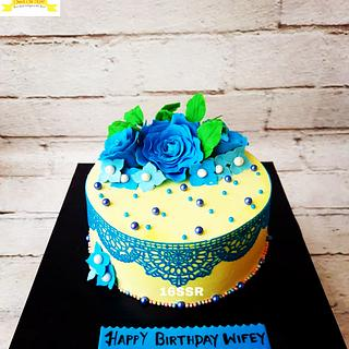 Blue and Yellow - Cake by Rimli