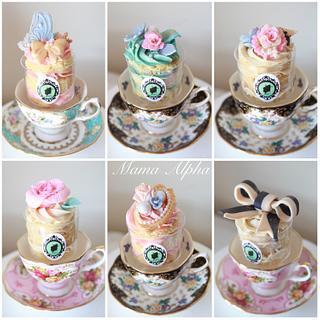 Marie Antoinette bridal shower cupcakes