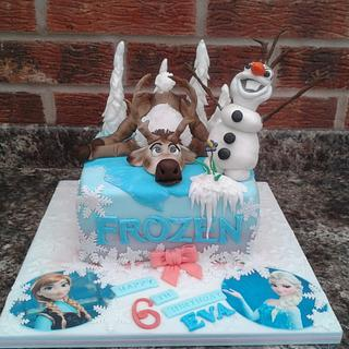 Olaf and Sven Frozen cake