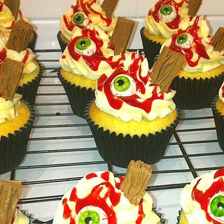 Eye-Scream Cupcakes