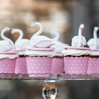Swan Party Cupcakes - Cake by GingerCakeShop