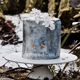 Stone effect textured fondant cake