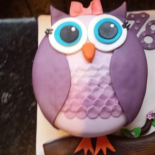 Lil owl cake 😊